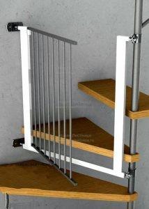 Калитка на винтовую лестницу (фото)