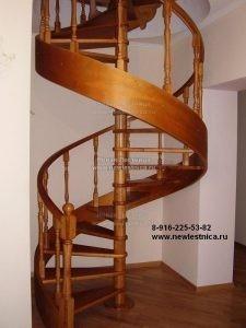 Винтовая лестница на тетивах (Фото)